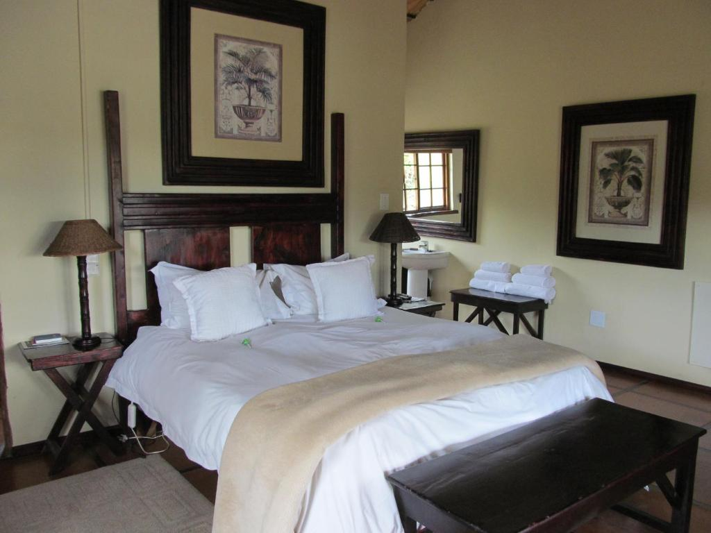 Double Room With Water View - Guestroom The Old Orchard Guest House