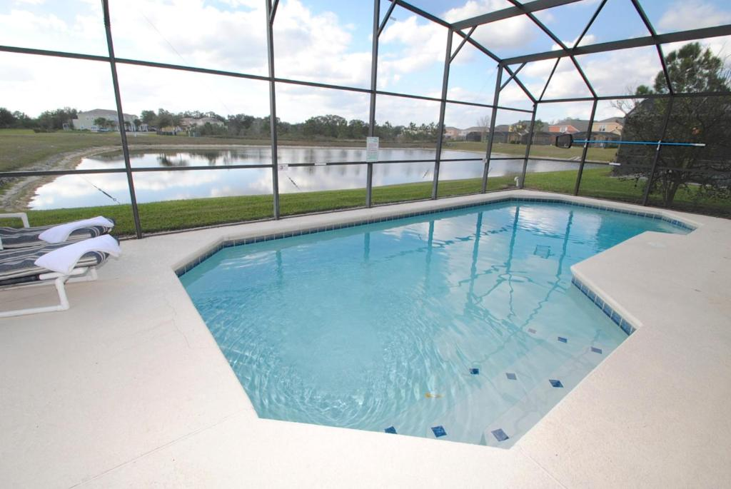 Swimming pool Rent A Village Eagle Management Clermont