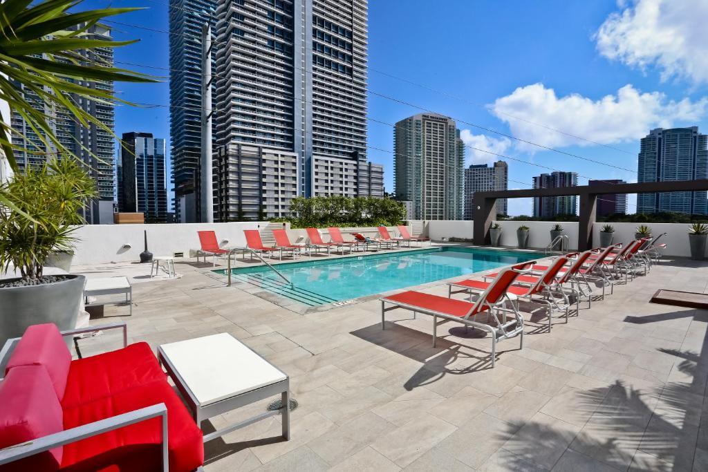 Best Price On Nuovo Miami Apartments At Brickell In Miami Fl