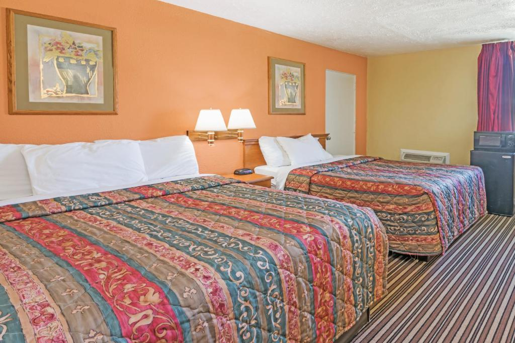 Quartos Days Inn by Wyndham Henrietta/Rochester Area