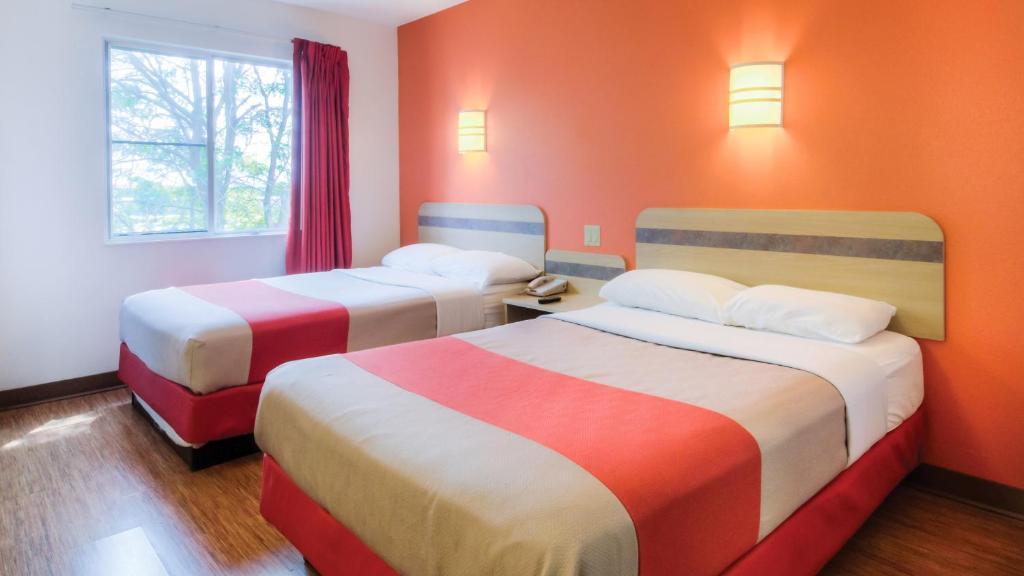 Hotel amp RV Park in Joliet  Hollywood Casino Joliet