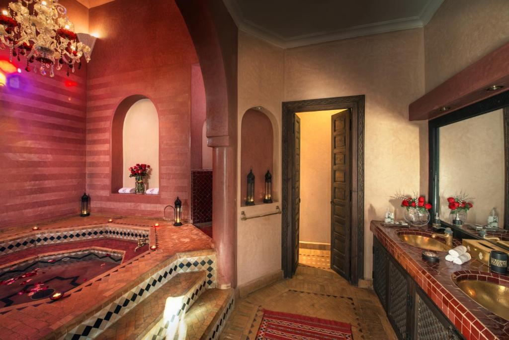 See all 6 photos Riad Monceau