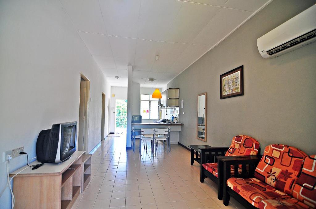 Bayu Emas Apartment Batu Ferringhi Jalan Penang