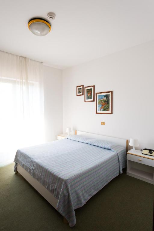 Book Now Hotel Krizman (Monrupino, Italy). Rooms Available for all budgets. Set in the Friuli countryside Hotel Krizman is 300 metres from a bus stop to Trieste 11 km away. It offers free parking a traditional Italian restaurant and large garden.The K