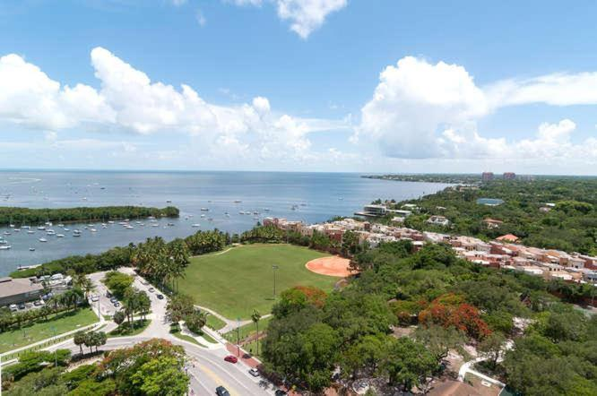 Appartamento con 1 Camera da Letto One-Bedroom Apartment in Miami, Coconut Grove # 2104