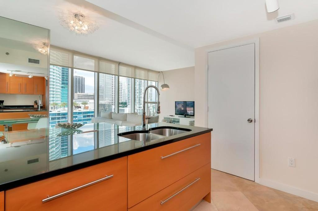 Two-Bedroom Apartment in Miami, Brickel # 1704