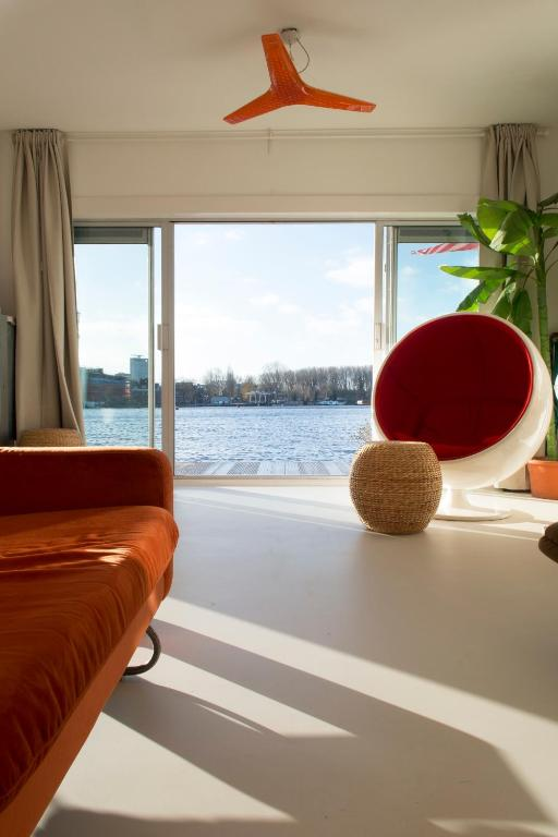 Best Price On Design House Boat Xxl In Amsterdam Reviews