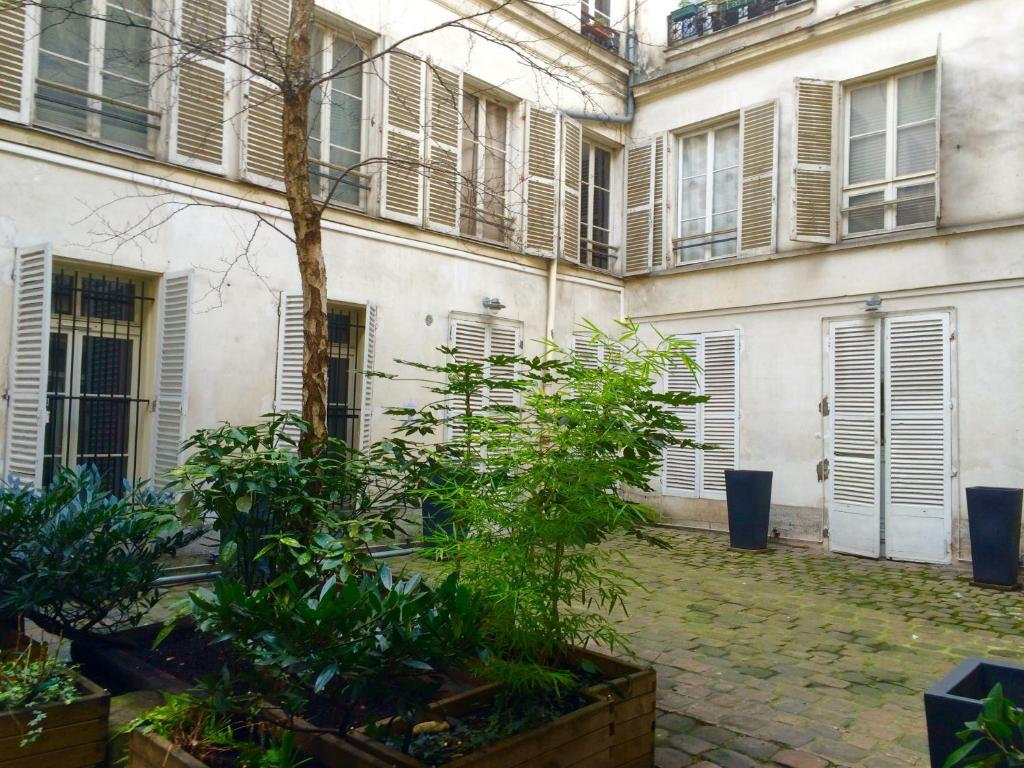 See all 6 photos Luxury Apartment in Montorgueil 1&2