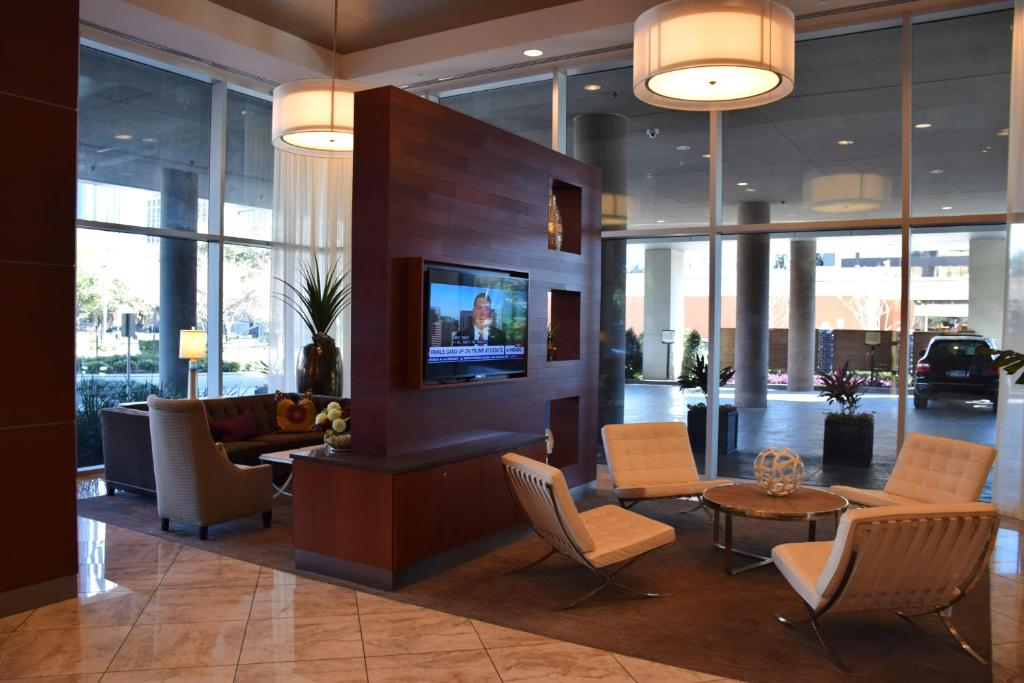 Lobby 5250 Apartments 1109 Apartment