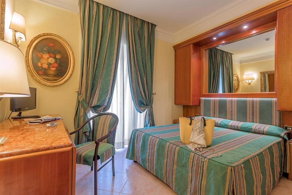 Hotel Luce in Rome - Room Deals, Photos & Reviews