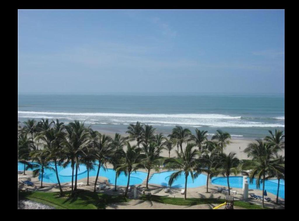 Apartment with Sea View - Swimming pool Copan 2 Rec 9o Piso