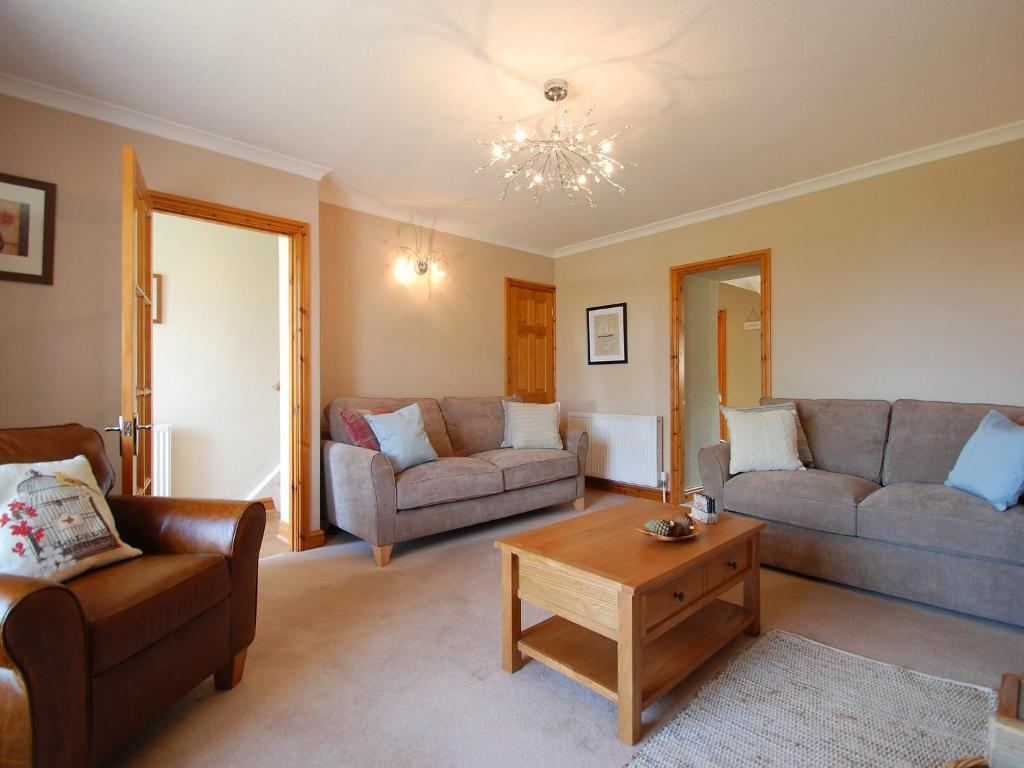 Holiday Home Criccieth 5080
