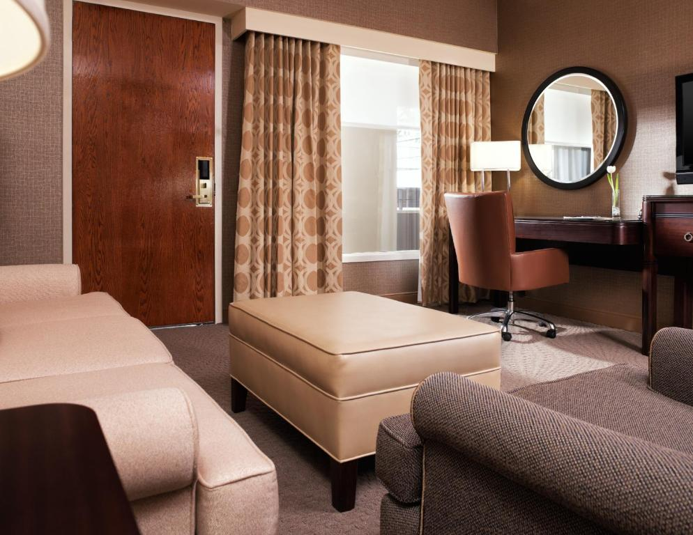 Book Now Sheraton Chicago O Hare Airport Hotel Rosemont United States
