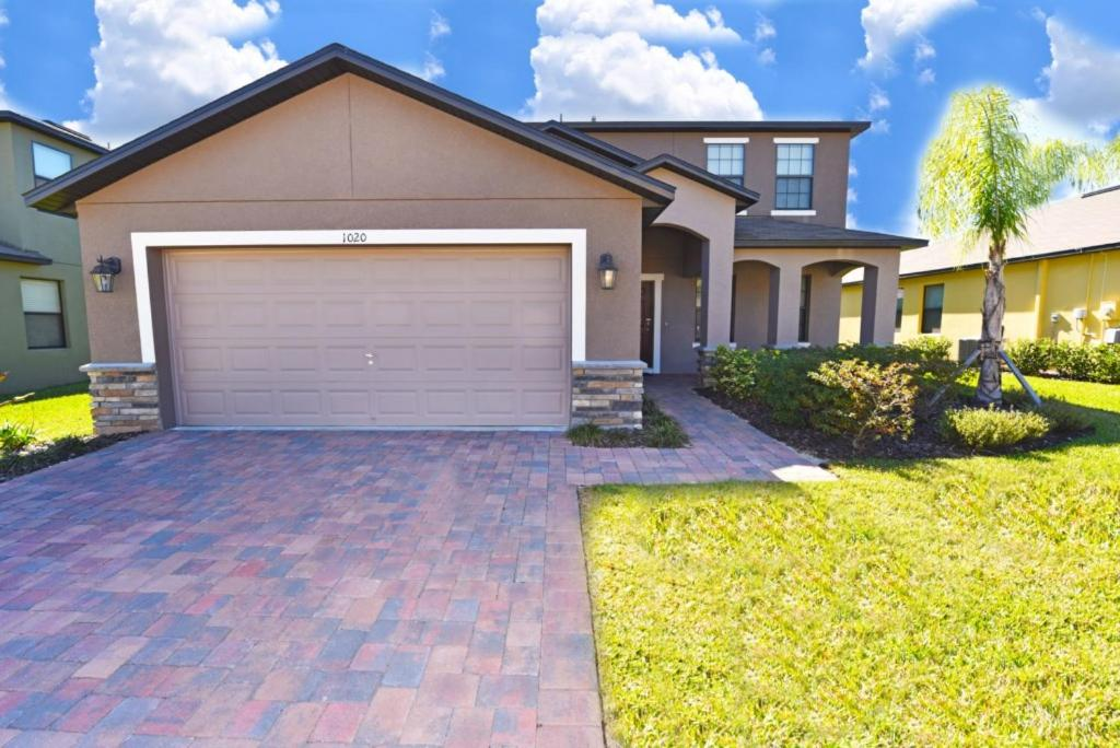 Cypress Pointe Holiday Home 4038