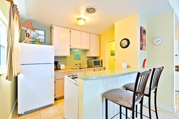 Two-Bedroom Apartment Nautical Newport Duplex-lower