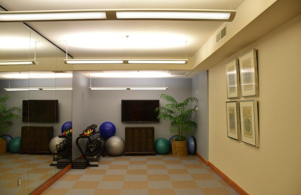 Fitness center Camden Post Oak 2901 Apartment