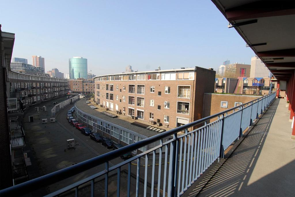 Two-Bedroom Apartment (6 Adults) - Guestroom Enjoy Rotterdam Apartments