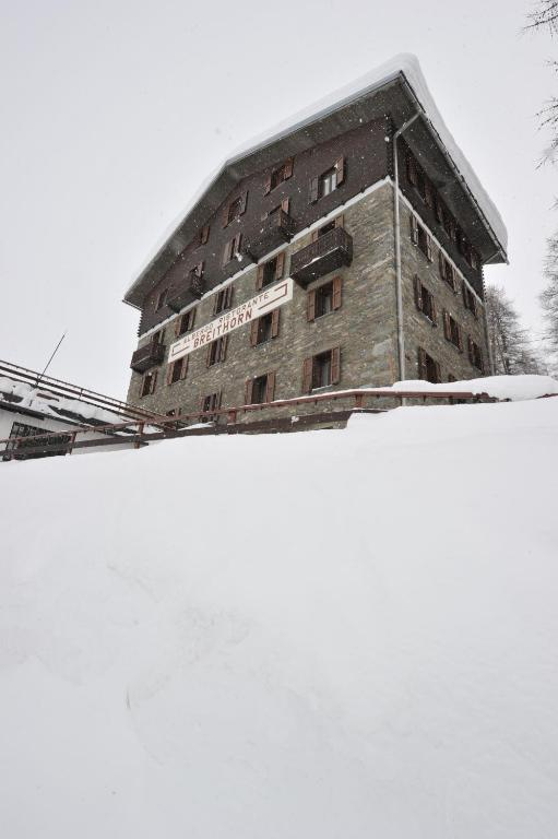 Book Now Hotel Breithorn (Breuil Cervinia, Italy). Rooms Available for all budgets. Hotel Breithorn offers mountain-style rooms with private bathroom a generous buffet breakfast and a scheduled shuttle to the ski lifts in the centre of Cervinia. The property