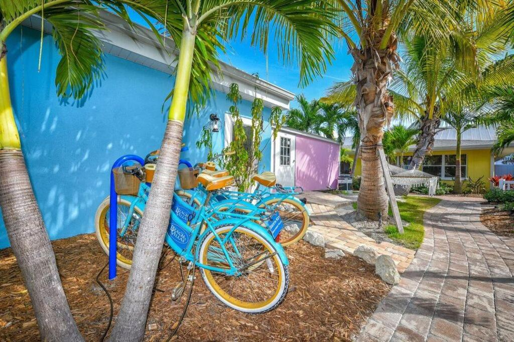 Classic Siesta Key Beachfront Home