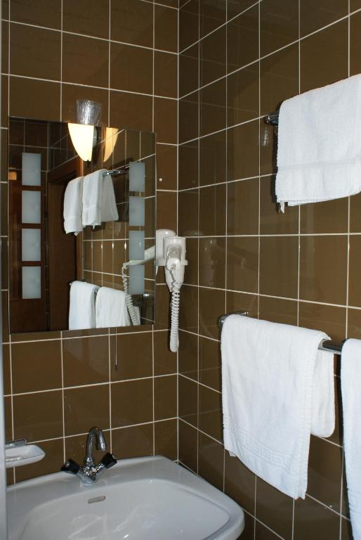 Double Room - Bathroom Hotel Garni Maximilian