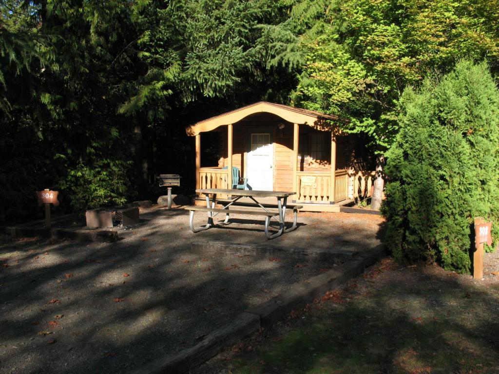 best price on mount hood village standard cabin 15 in mt hood