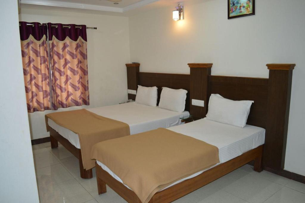 Rooms: STARiHOTELS Tirumala Bypass Tirupati, India