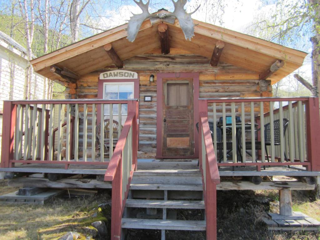 Whitehouse Cabins