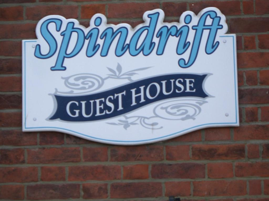 Spindrift Guest House - Adults Only