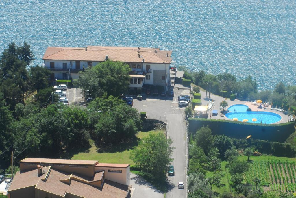 Hotel Paradiso Starting From 37 Eur Hotel In Tremosine