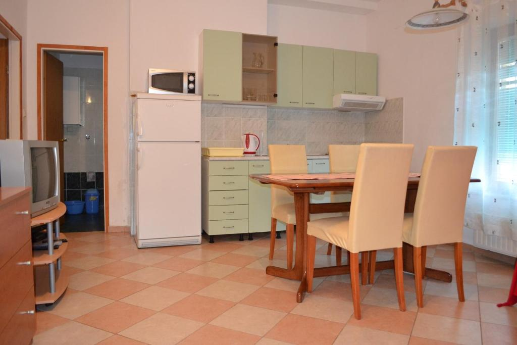 Two-Bedroom Apartment in Vodice XX