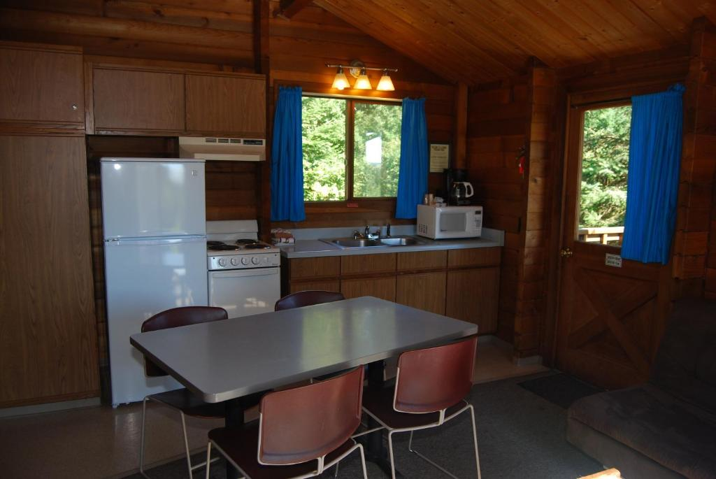 See all 6 photos La Conner Camping Resort Cabin 8