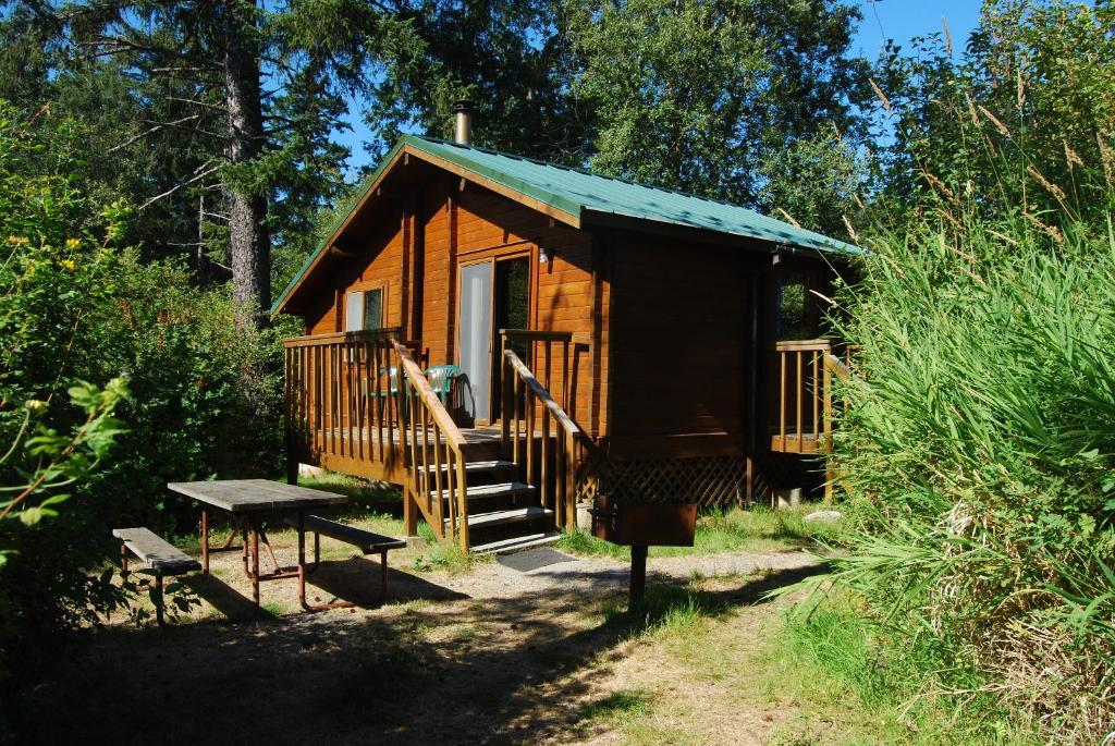 La Conner Camping Resort Cabin 7