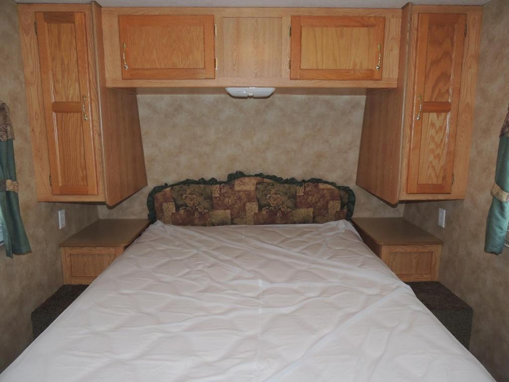 Two-Bedroom Trailer Lake George Escape 40 ft. Travel Trailer 55