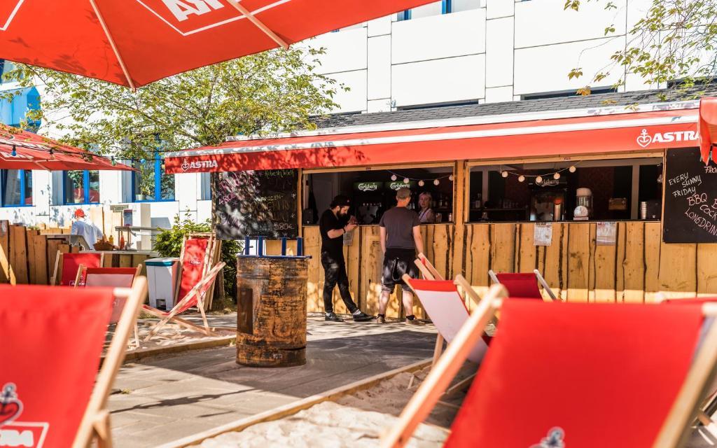 generator hostel berlin berlin storkower strasse 160 10407. Black Bedroom Furniture Sets. Home Design Ideas