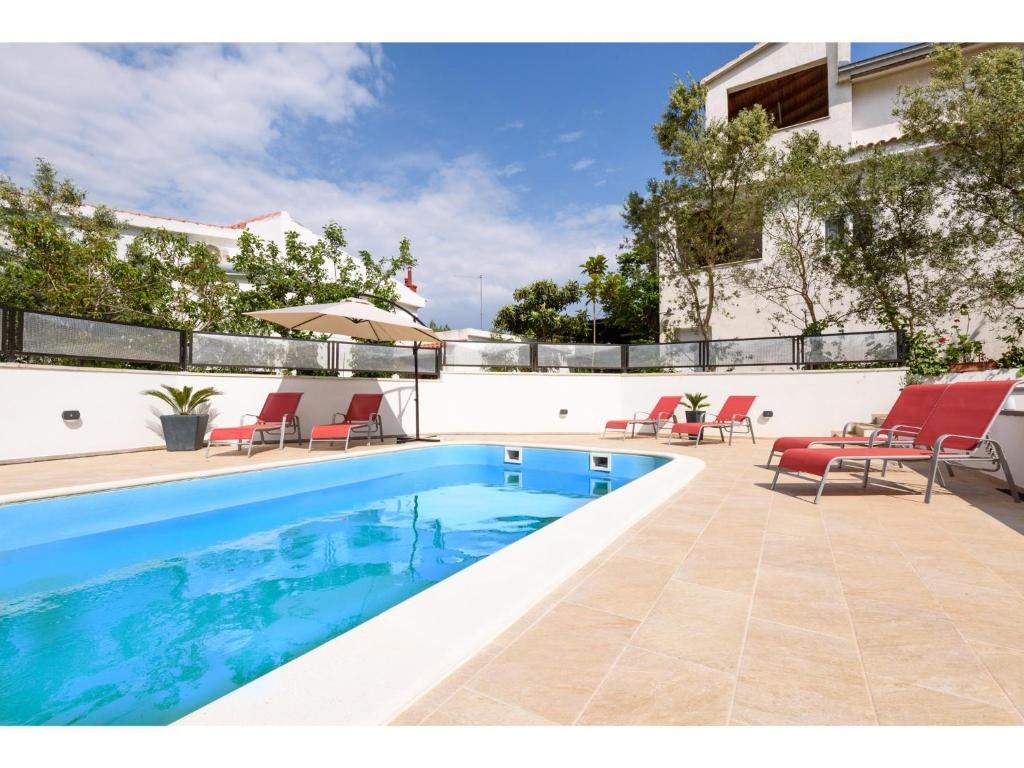 Bassein Apartments Villa Maris
