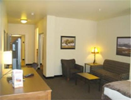 Book Now Best Western Plus Bryce Canyon Grand Hotel (Bryce Canyon, United States). Rooms Available for all budgets. Our guests give high ratings to the Best Western Plus Bryce Canyon Grand Hotel because of its comfortable rooms a yummy free hot breakfast and a spectacular location. The non-