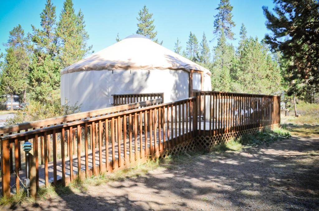 Bend-Sunriver Camping Resort Wheelchair Accessible Yurt 13