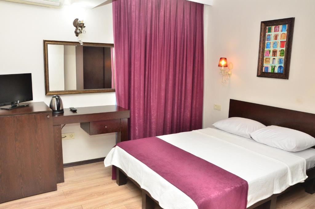 Double Room - Bed Antalyali Han Otel