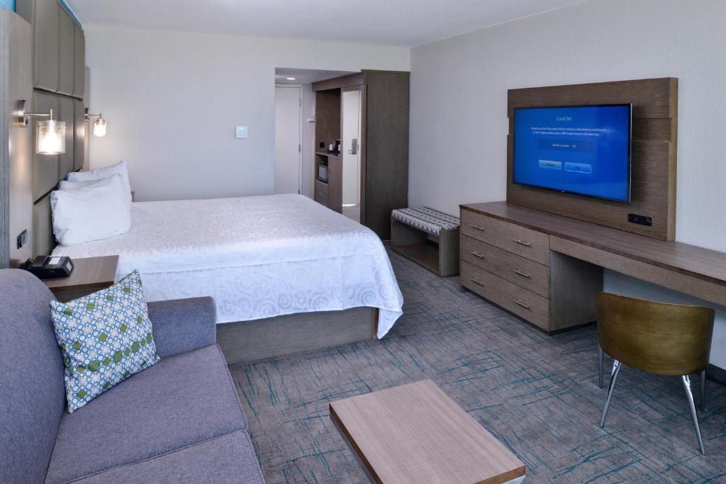 Book Now Cabana Shores Inn (Myrtle Beach, United States). Rooms Available for all budgets. Offering an outdoor pool private beach area and free WiFi Cabana Shores Inn is located in Myrtle Beach South Carolina. Ripley's Aquarium is 5.7 km away.A furnished balcony wit