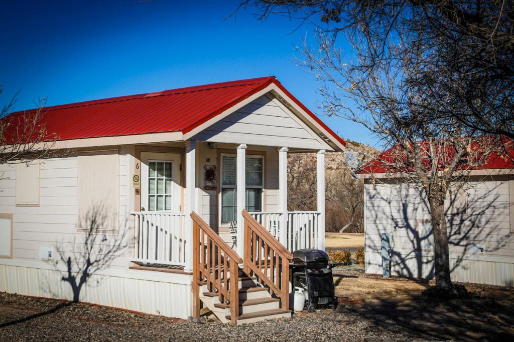 One-Bedroom Park Model - Entrance Verde Valley One-Bedroom Park Model Cabin 14