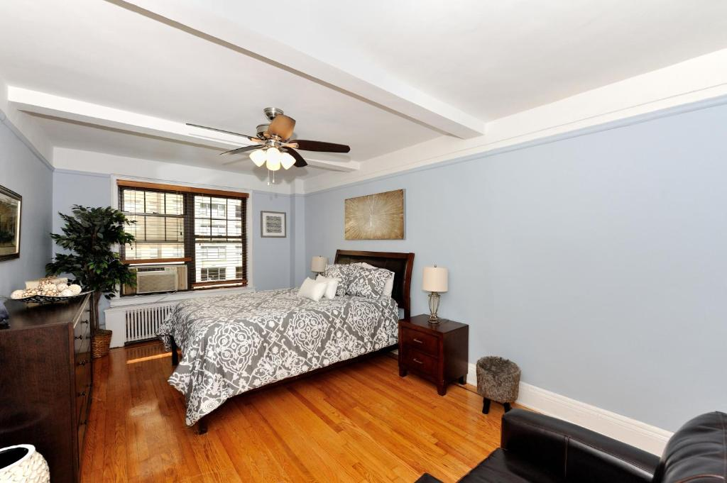 Best Price On East Side 3 Bedroom 2 Bathroom 7 In New York