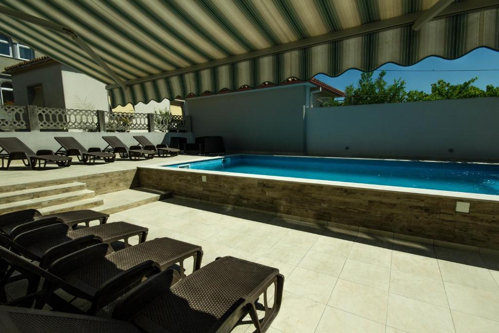 Apartament - Piscina