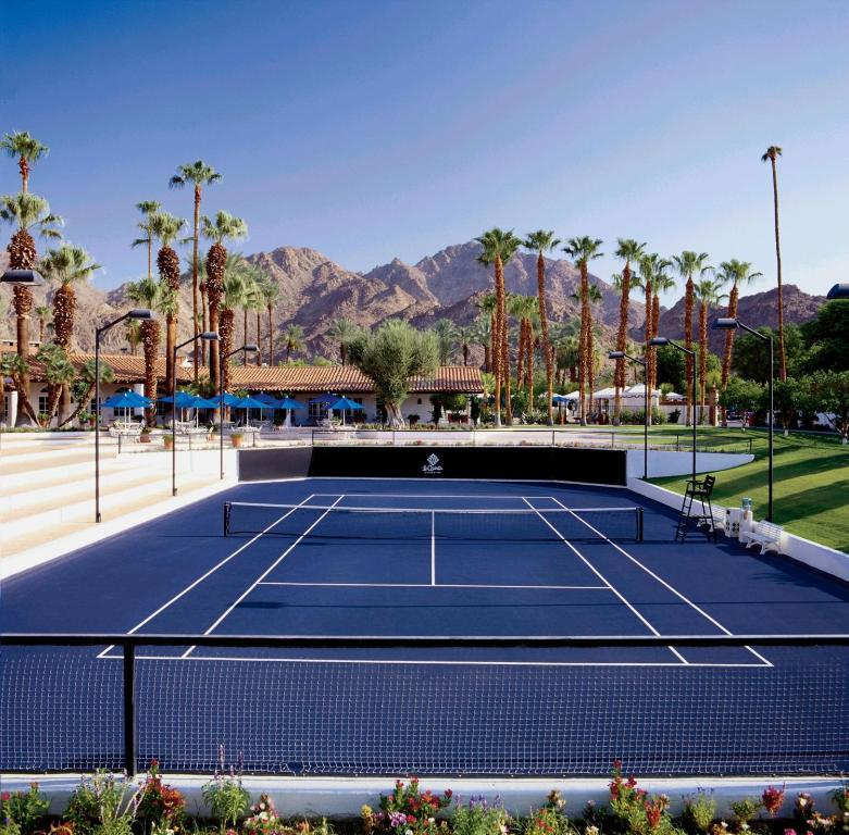 Book Now La Quinta Resort & Club A Waldorf Astoria Resort (La Quinta, United States). Rooms Available for all budgets. Casually luxurious and pet-friendly with world-class golf a pampering spa and more than 40 outdoor pools are among the perks at the non-smoking La Quinta Resort & Club A Waldo