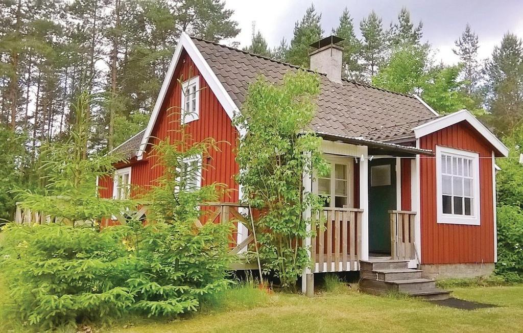 Holiday home Holmsjö with a Fireplace 339
