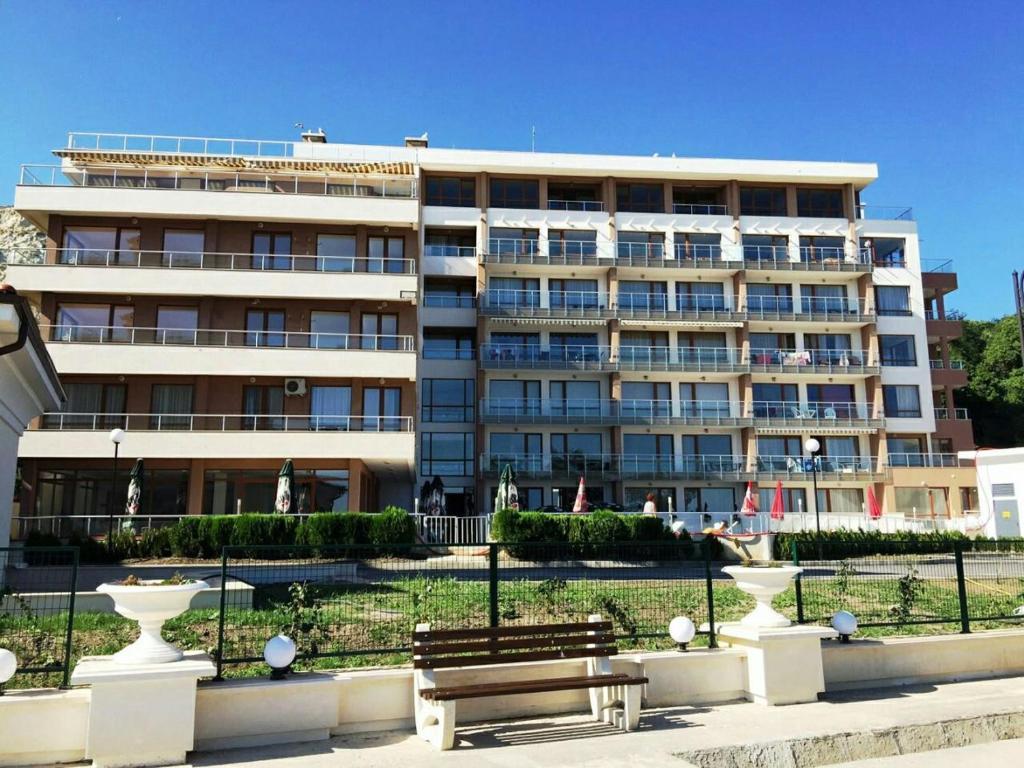 Hpm Black Sea Princess Apartments Front Line