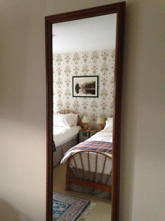 Superior Twin Room Low Hall Country House