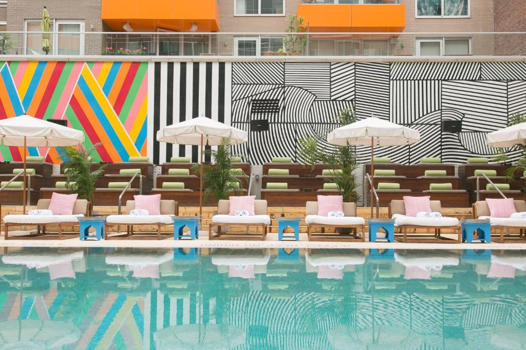 Mccarren Hotel & Pool photo