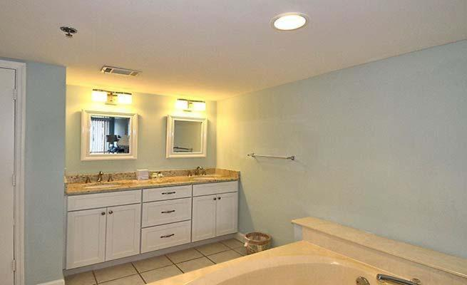See all 6 photos Ocean Condo 1 2316