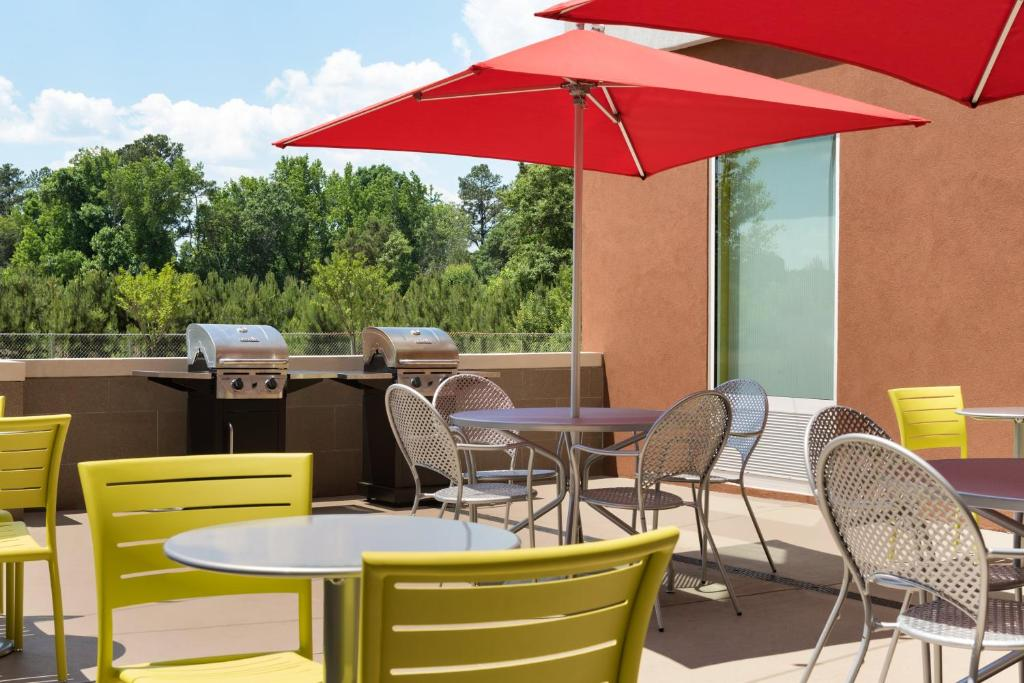 HOME2 SUITES BY HILTON® ATLANTA SOUTH / MCDONOUGH   Mcdonough GA 60 Mill  Rd. 30253