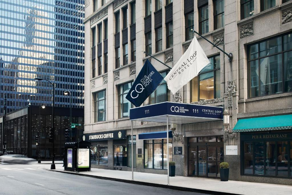 Book Now Central Loop Hotel (Chicago, United States). Rooms Available for all budgets. In the heart of the historic Loop with cushy beds free Wi-Fi and extras like free bottled water the Central Loop Hotel offers guests a wallet-friendly respite in a stellar loc
